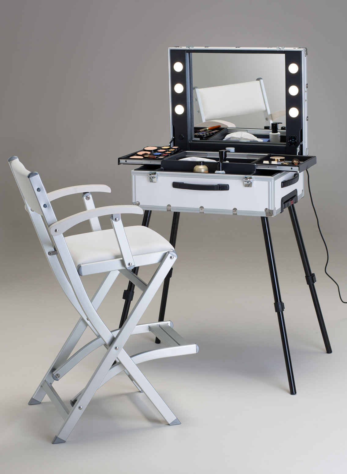 table make up en blanc frozenwhite by cantoni. Black Bedroom Furniture Sets. Home Design Ideas