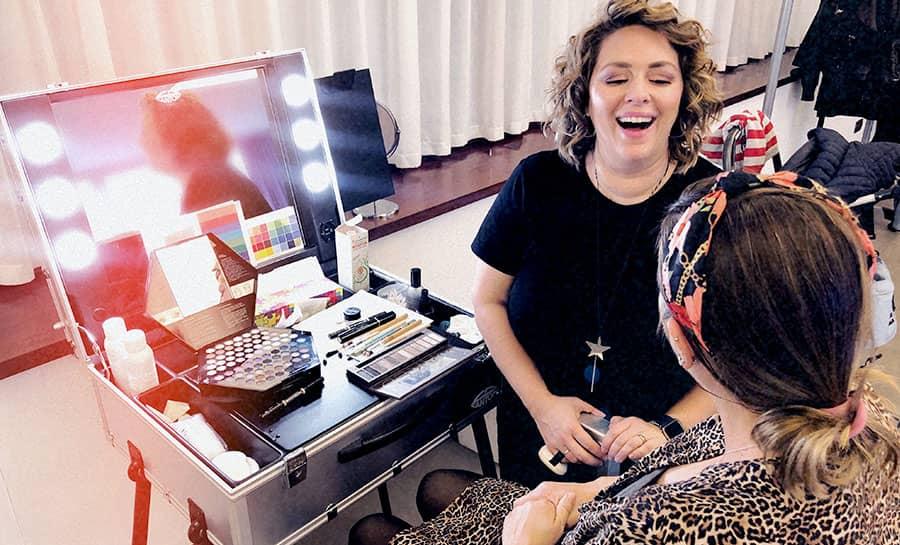 valise pour séance de auto-maquillage et relooking